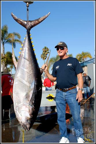 Fish report shogun sportfishing trip update 12 09 10 for Newport landing fish report