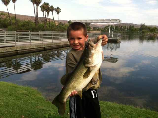 Santee lakes fish report santee ca san diego county for San diego lake fishing report