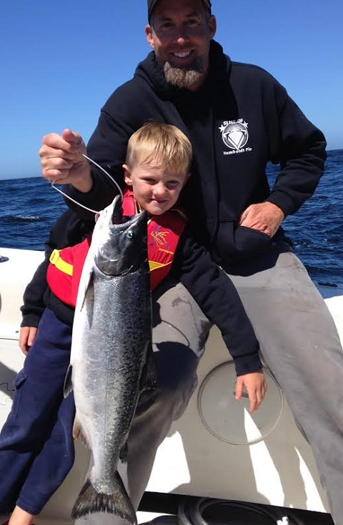 Chinook salmon counts by boat september 9 2016 for Eureka ca fishing
