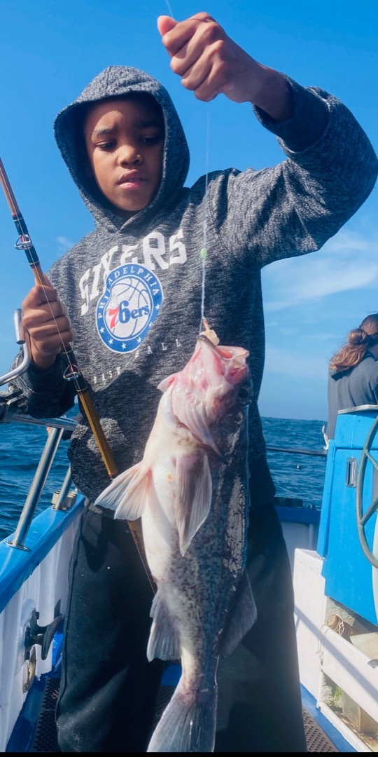 Deep reef rock fishing